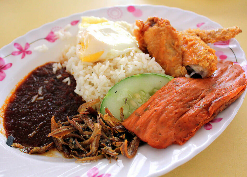 16 Nasi Lemak in Singapore for The Ultimate Indulgence