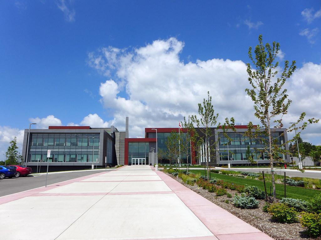 Hamilton-Wentworth District School Board | ? | 2 fl ...