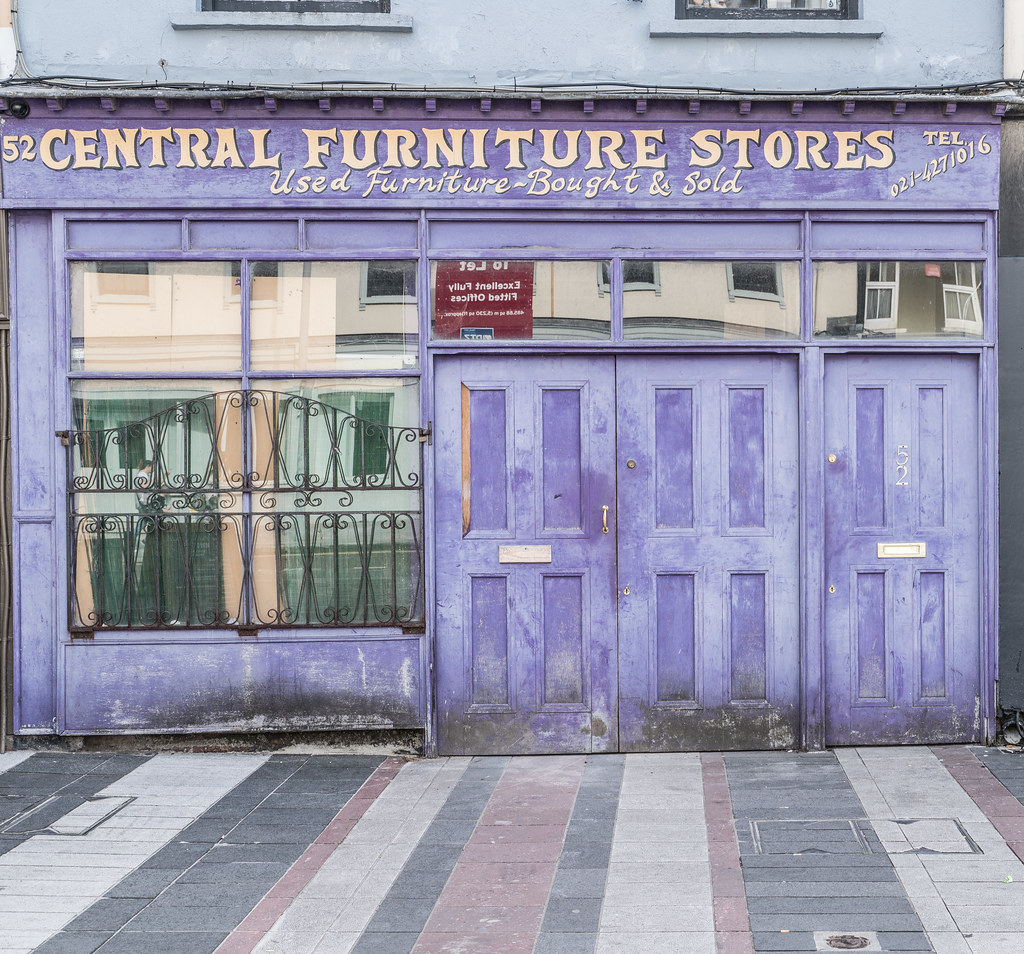 CENTRAL FURNITURE STORES [ANOTHER SHOP IN POOR CONDITION]-122558