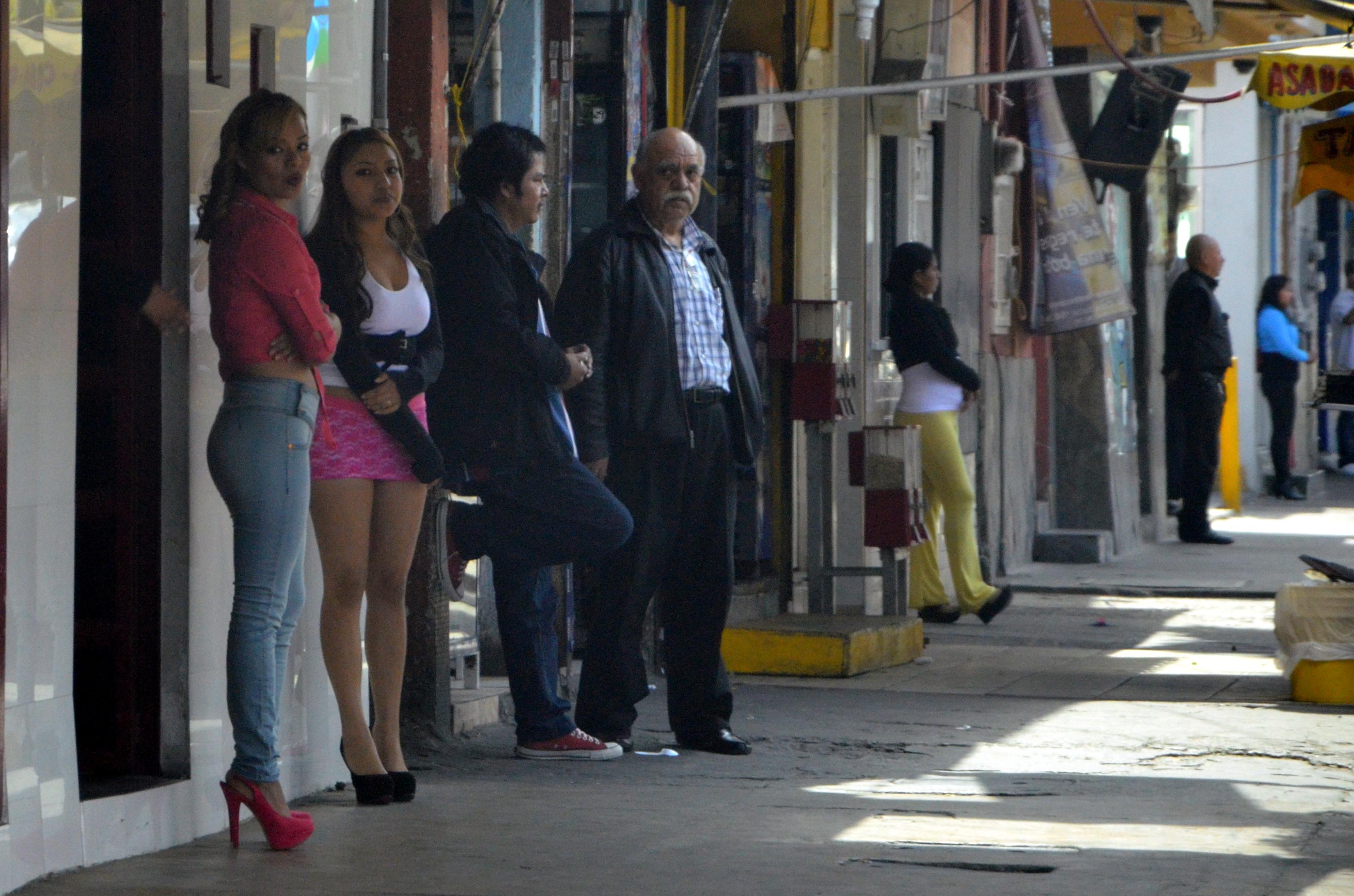 putas por plaza norte escort colegiala