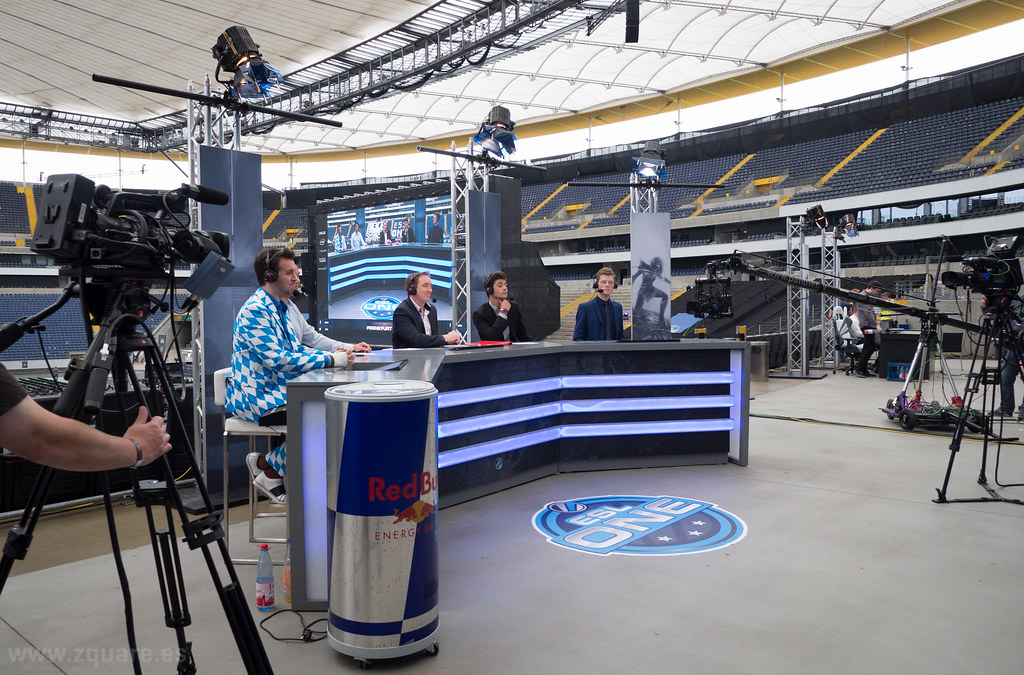 Behind the scenes, casters desk @ ESL One Frankfurt 2014 ...