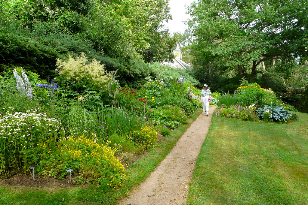 Annapolis Royal Historic Gardens English Garden Craig