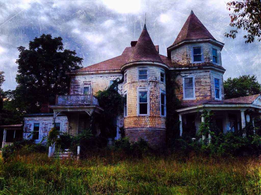 This Creepy Abandoned House In Aberdeen Maryland Will Se