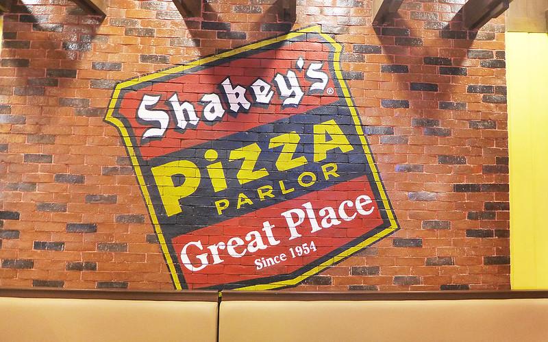 SHAKEYS-BGC-02