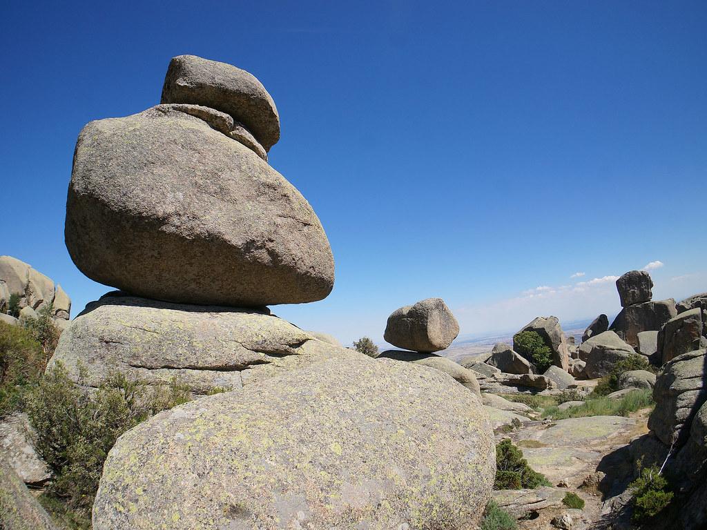 Piedra caballera la pedriza manzanares el real madrid - Dibujos de piedras ...