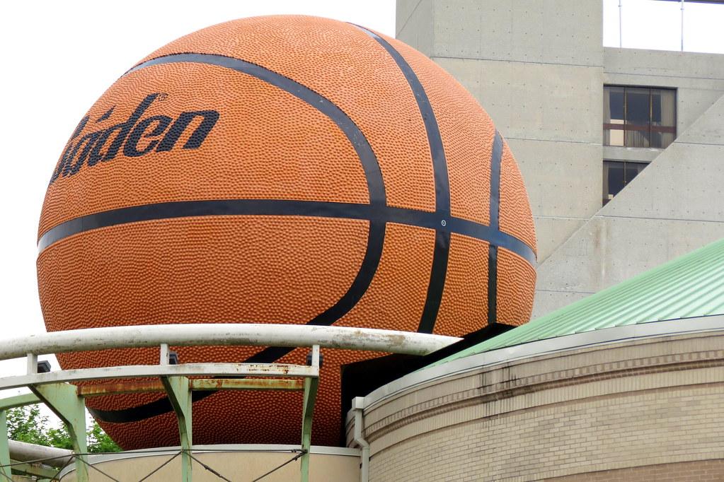 world u0026 39 s largest basketball