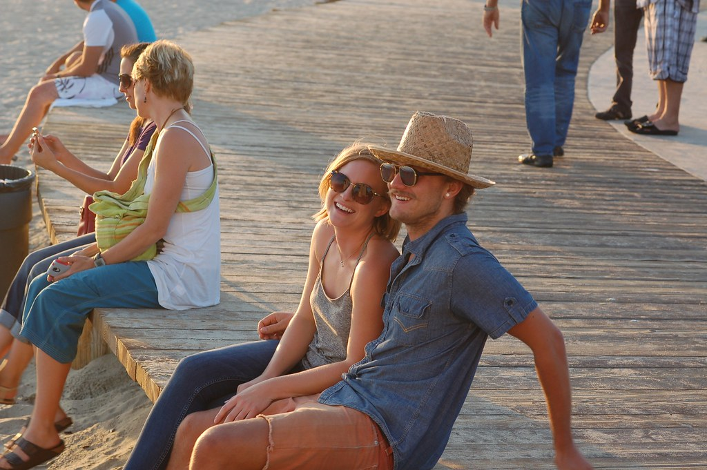 The Happy (sunglasses r us) Couple