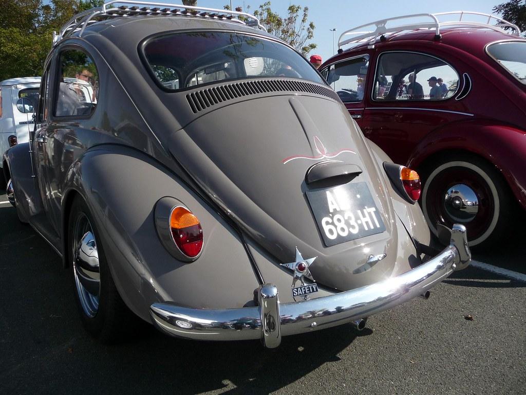vw beetle informal gathering of cars in la roche sur yon flickr. Black Bedroom Furniture Sets. Home Design Ideas