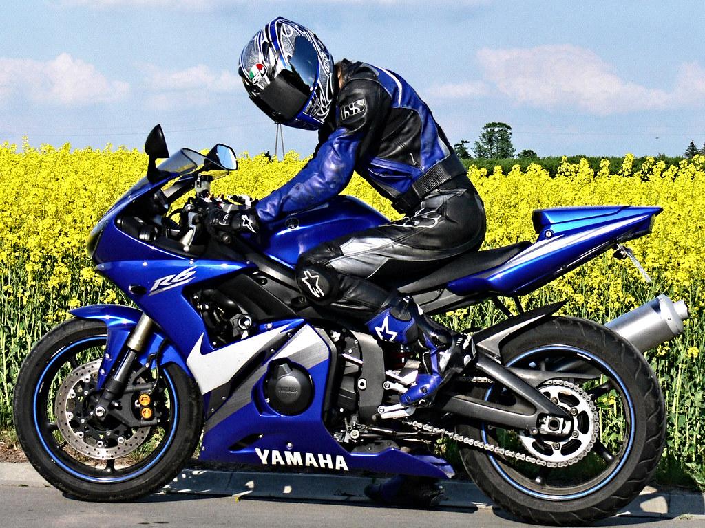 Yamaha R   Mile Time