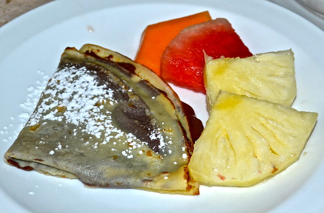 crepes nutella - Hotel San Carlos, Guatemala City