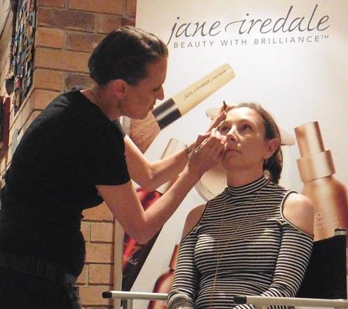 Jane Iredale makeup artist Alice