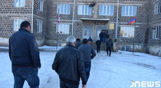 Chomaryan case3