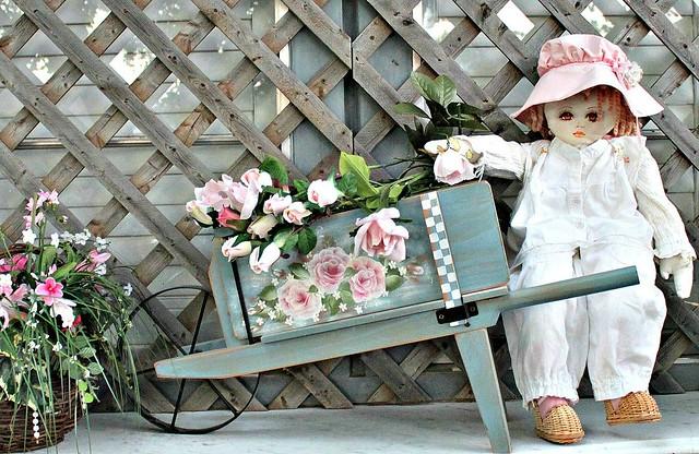 Early Morning Gardening | Explore YourCastlesDecor's ...