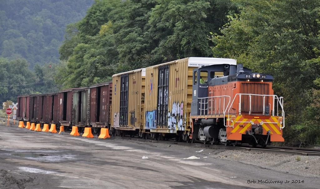Weirton West Virginia Weirton Steel Switcher 313 Moving