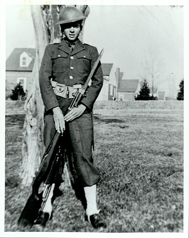 Audie Murphy during basic training, 1942 | Murphy trained ...