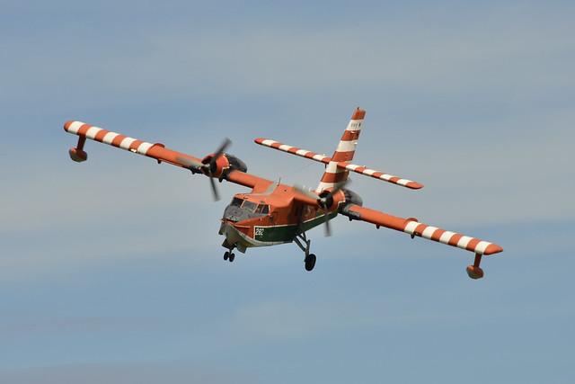 C-FAYN CL-215