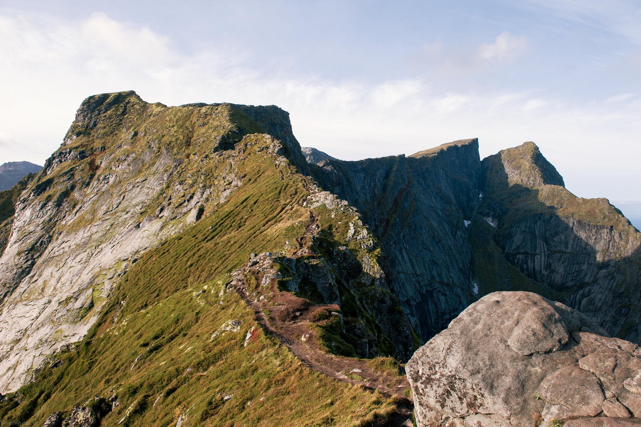 Ridge walk on the top of Reine