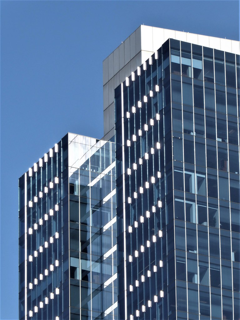 Chicago office tower ernst young 155 n wacker drive flickr - Ernst young chicago office ...