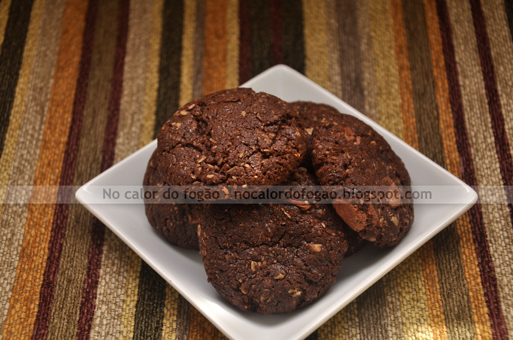 Cookies de chocolate, aveia e coco