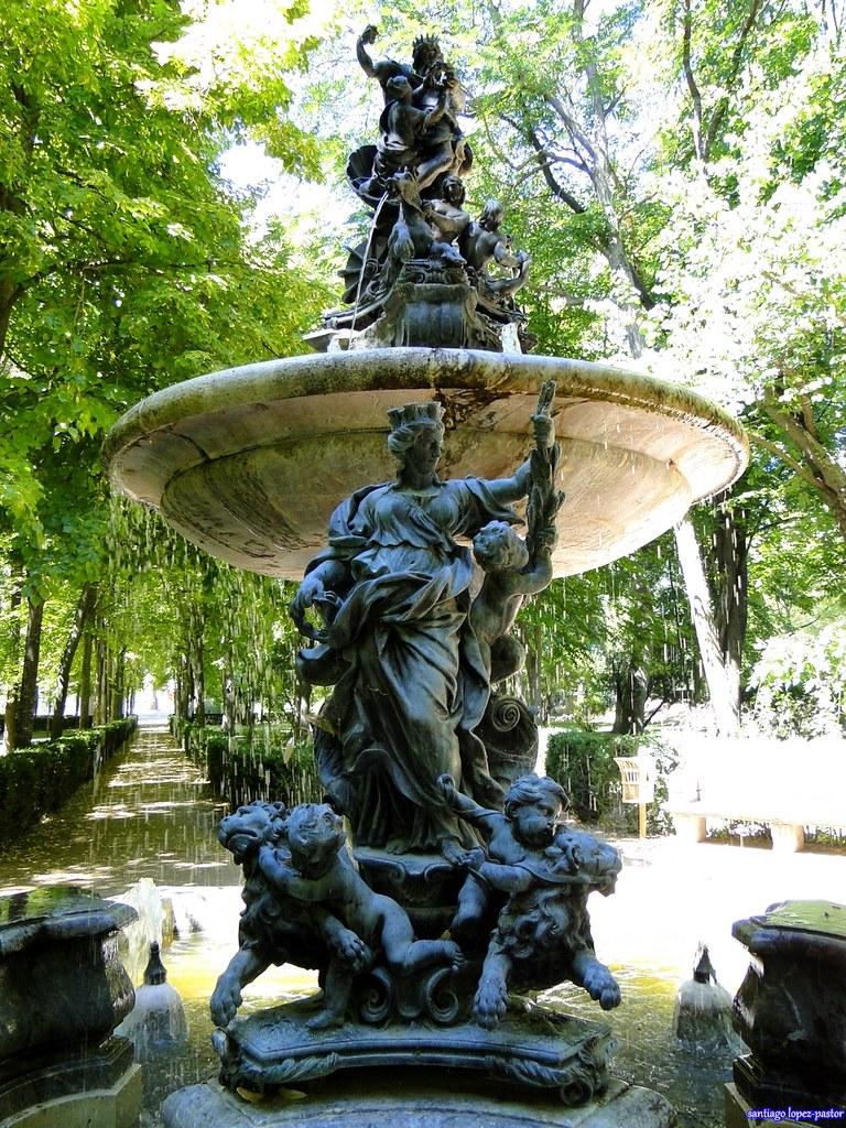 Fuente de neptuno jard n de la isla aranjuez la for Jardin de la isla aranjuez