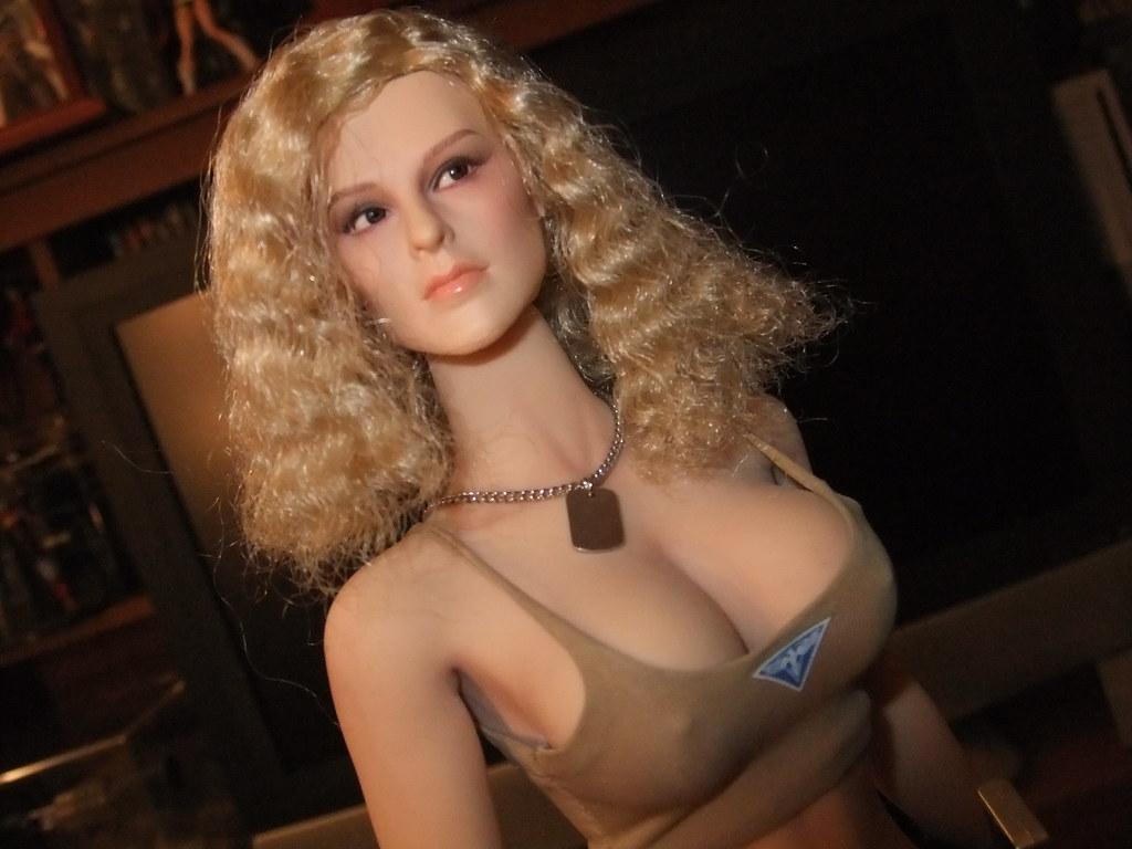 New female agent-2525