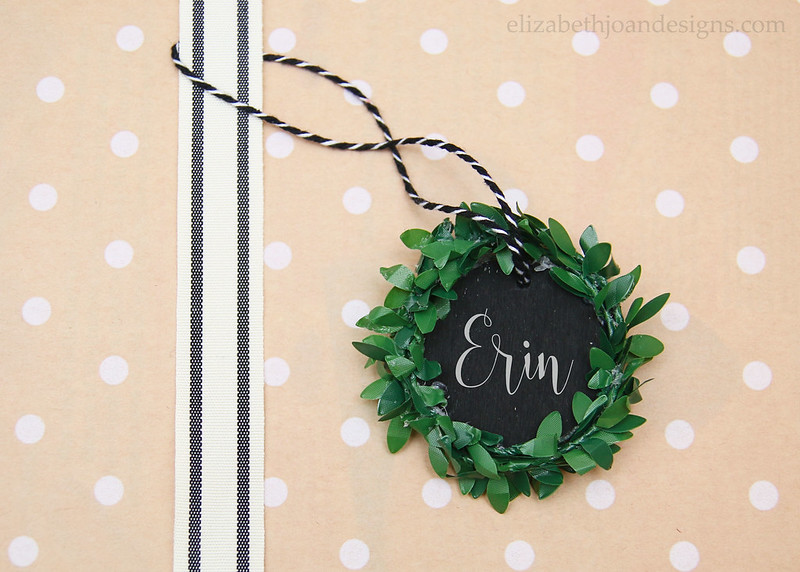 Chalkboard Wreath Gift Tag