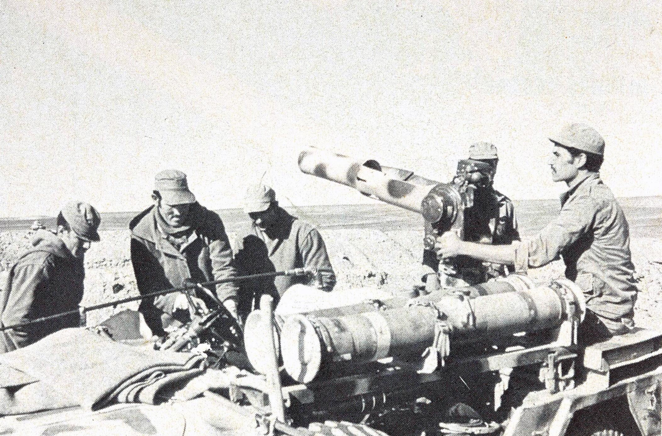 Le conflit armé du sahara marocain - Page 9 22788514608_e3dc7db42e_o