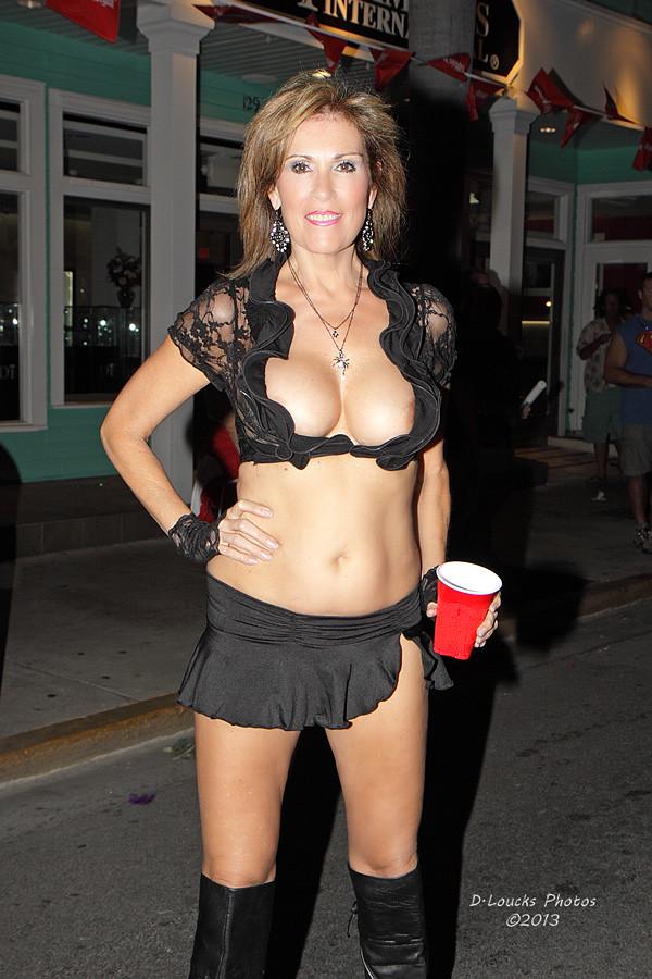 Hot girls with big boobs bikini