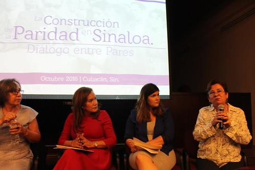 Conmemoran 63 años del voto de las mujeres en México