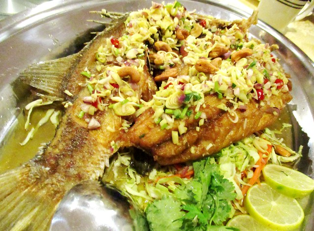 Barramundi with special Thai sauce 2