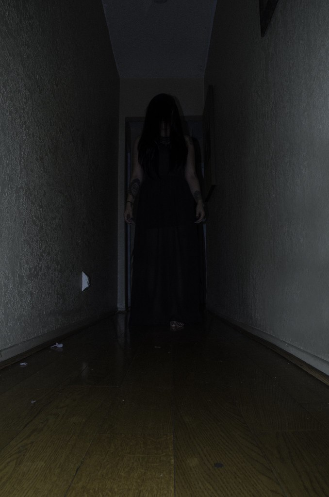halloween hallway costume store chicago il
