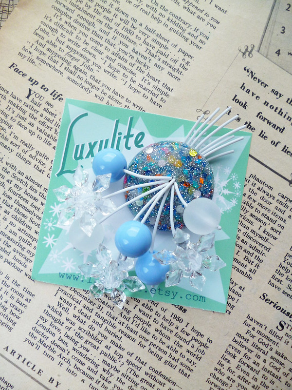 luxulite snow brooch