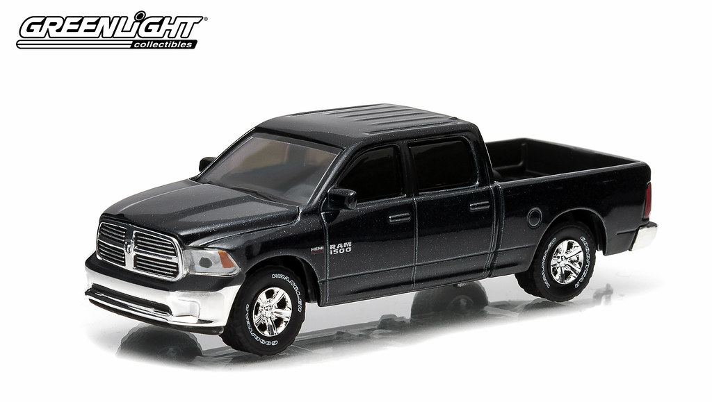 32020 1 64 Hitch And Tow 2 2014 Dodge Ram 1500 High R