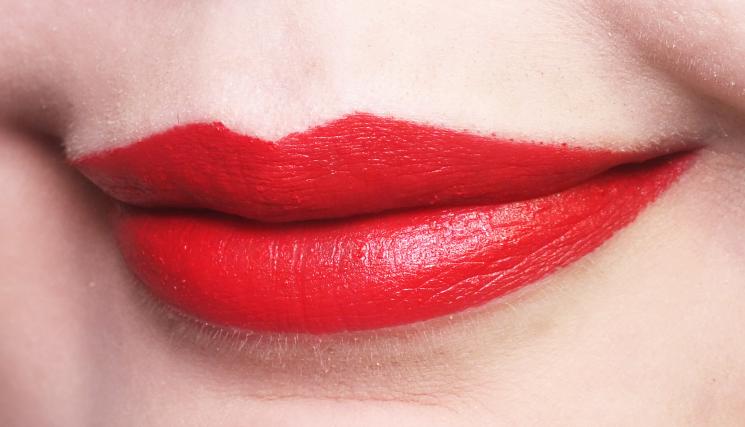 mirabella masquerade collection modern matte lipstick crimson (2)