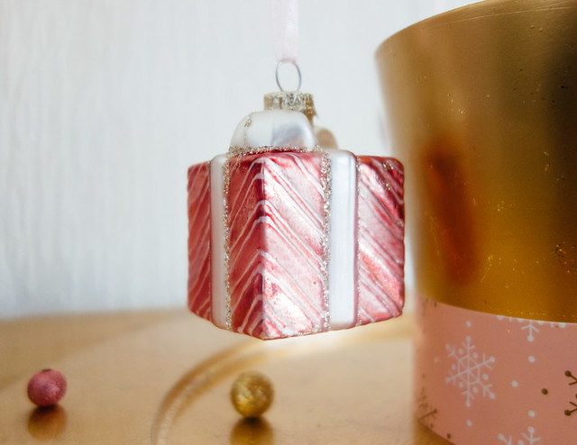 pink present christmas tree ornament