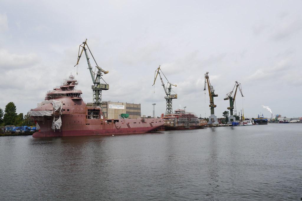 Astilleros en Gdansk