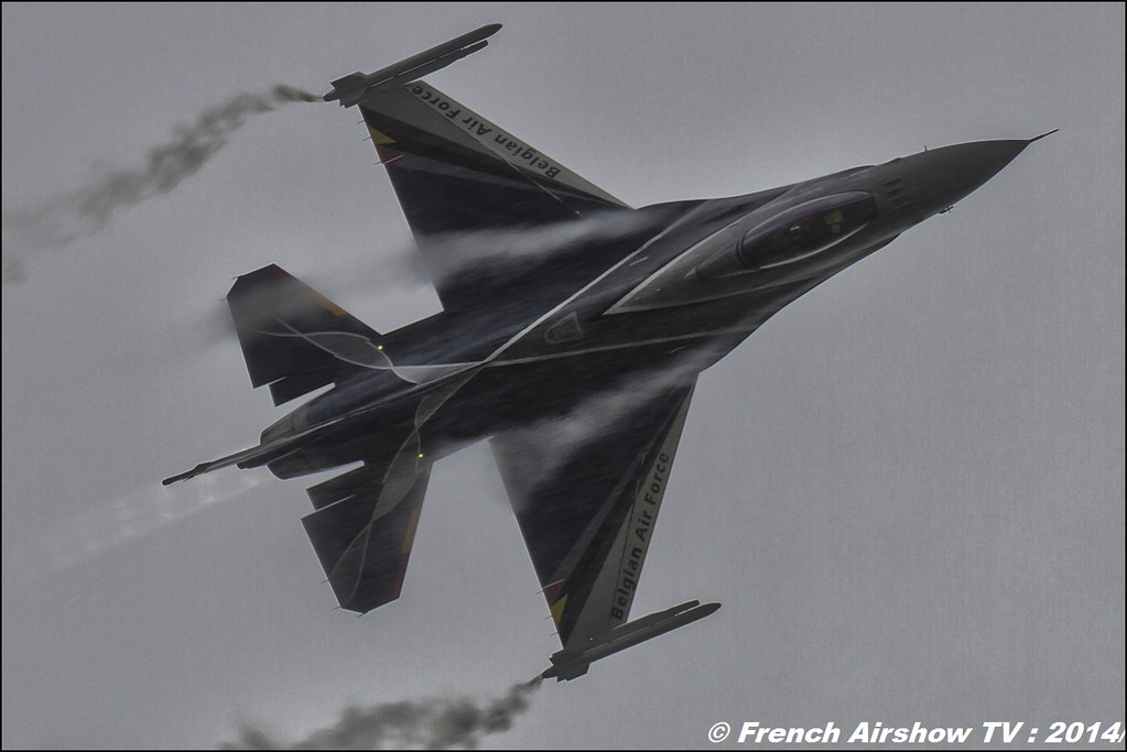 Belgian Air Force F-16 Solo Display , F-16 Fighting Falcon , f-16 belge solo display 2014 , RIAT , Fairford , Royal International Air Tattoo 2014 , Meeting Aerien Air Tattoo , Meeting Aerien 2014