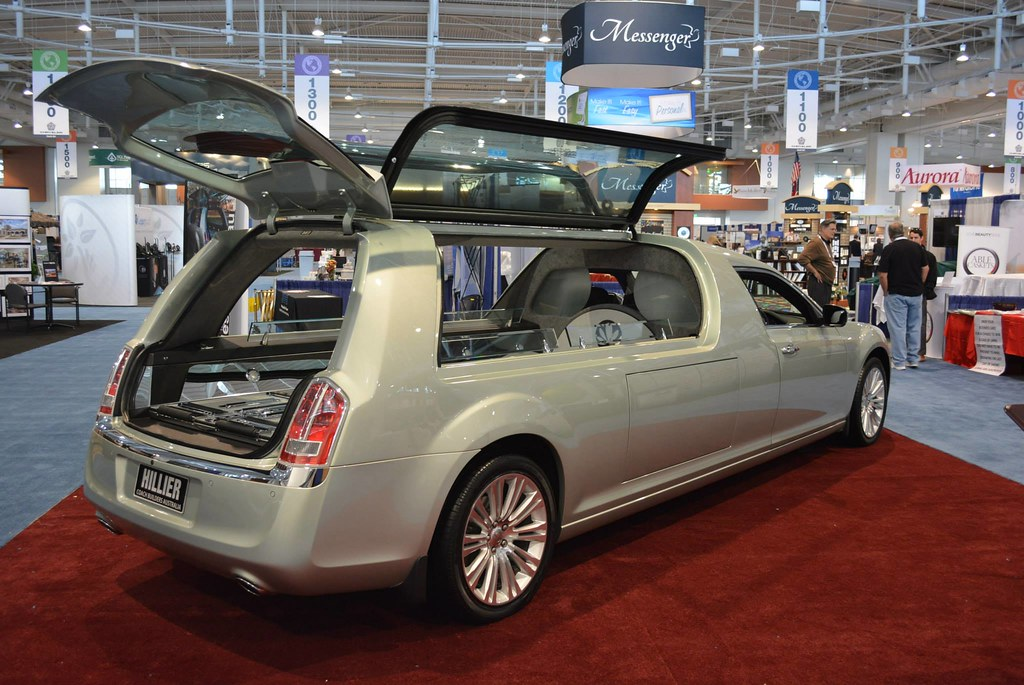 Chrysler 300 hearse | On display at NFDA in Nashville is a