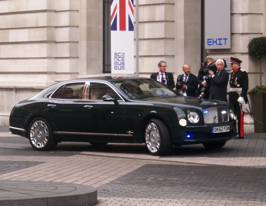 Bentley Mulsanne State Car The Queen S Visit To The