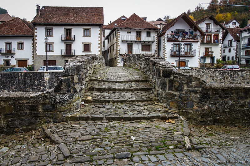 Paso del Puente de Piedra de Ochagavía