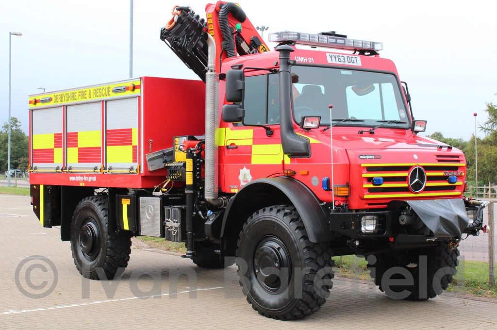 Derbyshire Fire & Rescue | Derbyshire FRS Mercedes Unimog ...
