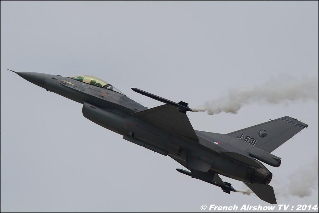 F-16 Solo Display Royal Netherlands Air Force , F-16 Demo Team RNLAF , F-16 Solo Display RNLAF , RIAT 2014 , Fairford , Royal International Air Tattoo 2014 , Meeting Aerien Air Tattoo , Meeting Aerien 2014