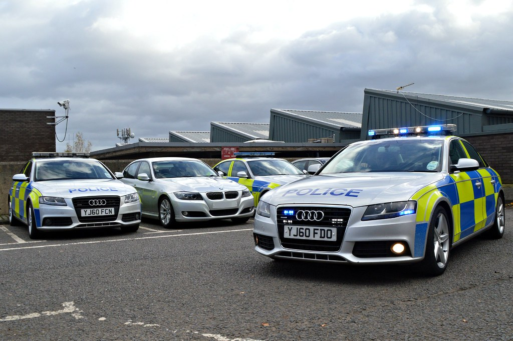 Road Crime Team North Yorkshire Police Bmw 330d And Audi
