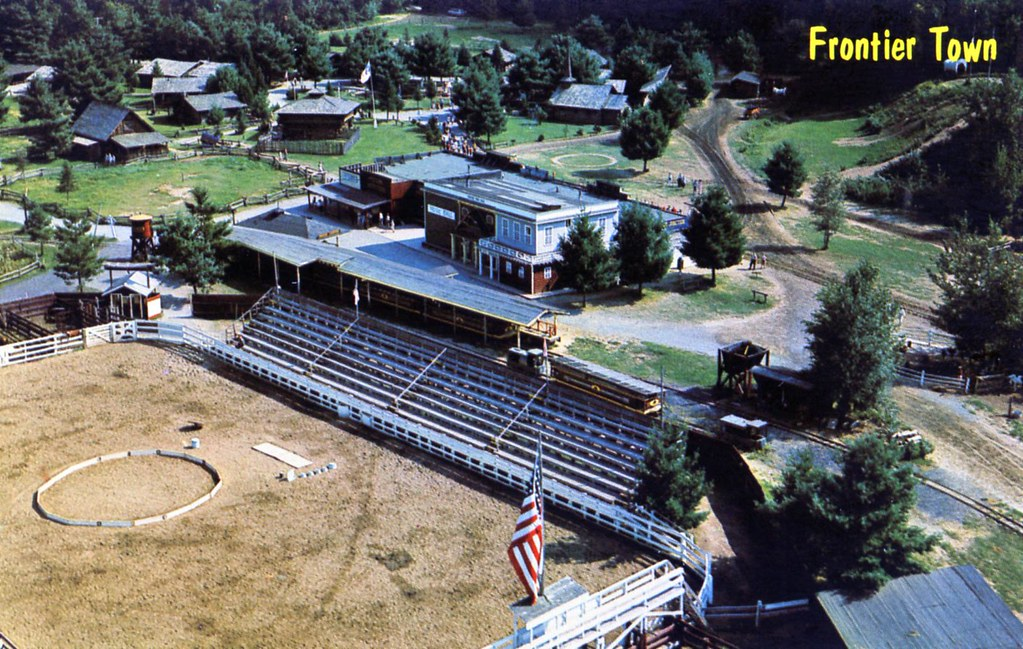 frontier town rodeo ring schroon lake ny