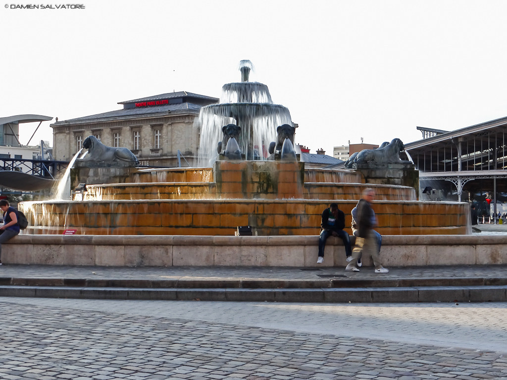 La fontaine aux lions damien salvatore flickr for La fontaine aux cuisines