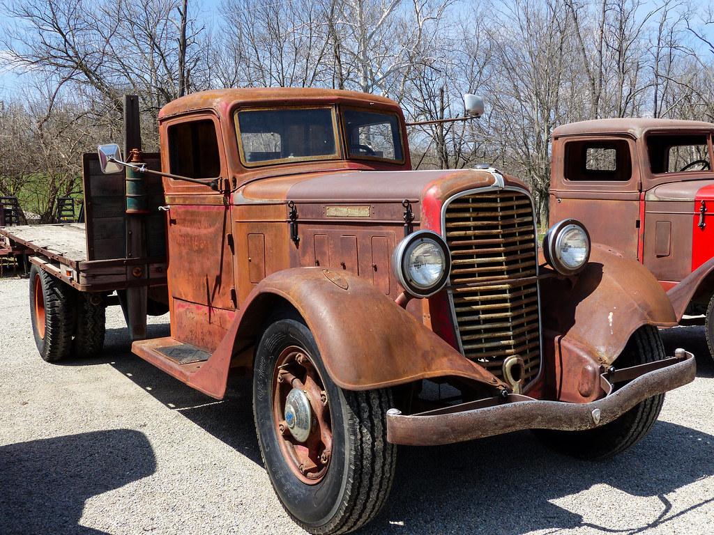 Rusty Old 1934 Diamond T 211 Flatbed Truck Sw Ohio I