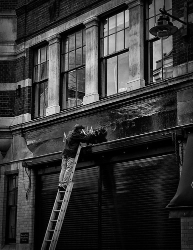 A Painter at Borough Market