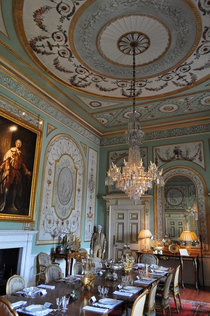 Salle manger inveraray castle 1746 1758 inveraray for Maitre d oeuvre en anglais