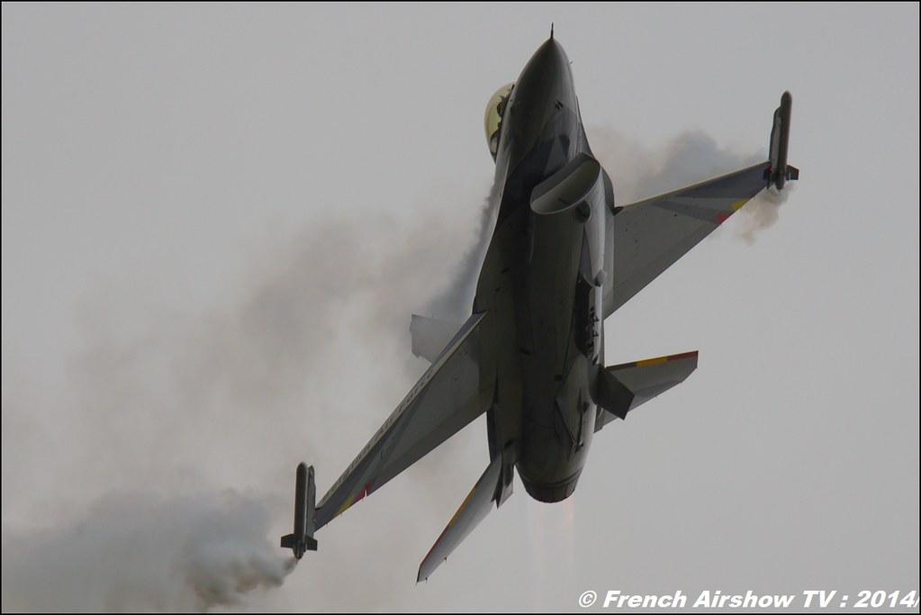 Belgian Air Force F-16 Solo Display , F-16 Fighting Falcon , f-16 belge solo display 2014 , RIAT 2014 , Fairford , Royal International Air Tattoo 2014 , Meeting Aerien Air Tattoo , Meeting Aerien 2014