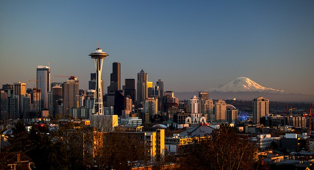 Image of downtown Seattle showing Space Needle, Mount Rainier